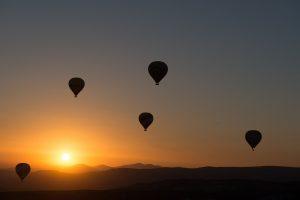 Let balónem je úžasný relax. Nezapomeňte ale na pojištění!