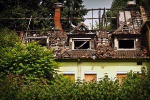 Češi se nejvíce obávají  požáru. Nejčastěji ale v domácnostech způsobí škodu voda