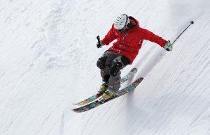 Jak se stát nejhorším lyžařem? 7 tipů, jak se na horách potlouct