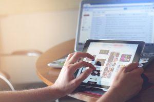 Kybernetických útoků přibývá. Škody pomůže nahradit speciální pojištění