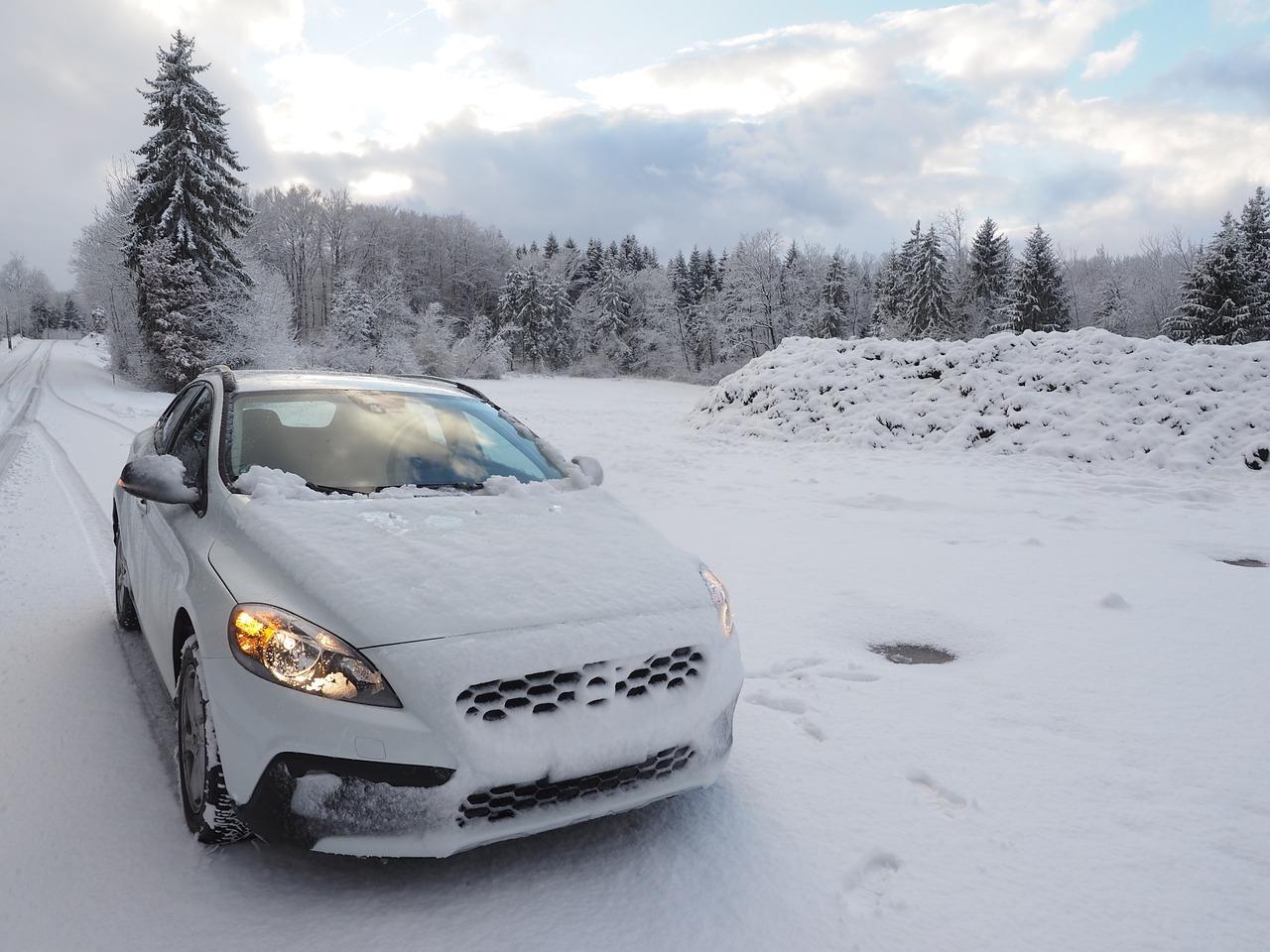 Pojištění na zimu a cesta autem na hory
